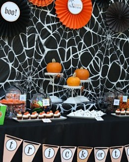 Pumpkin_Carving_Party_2010_028