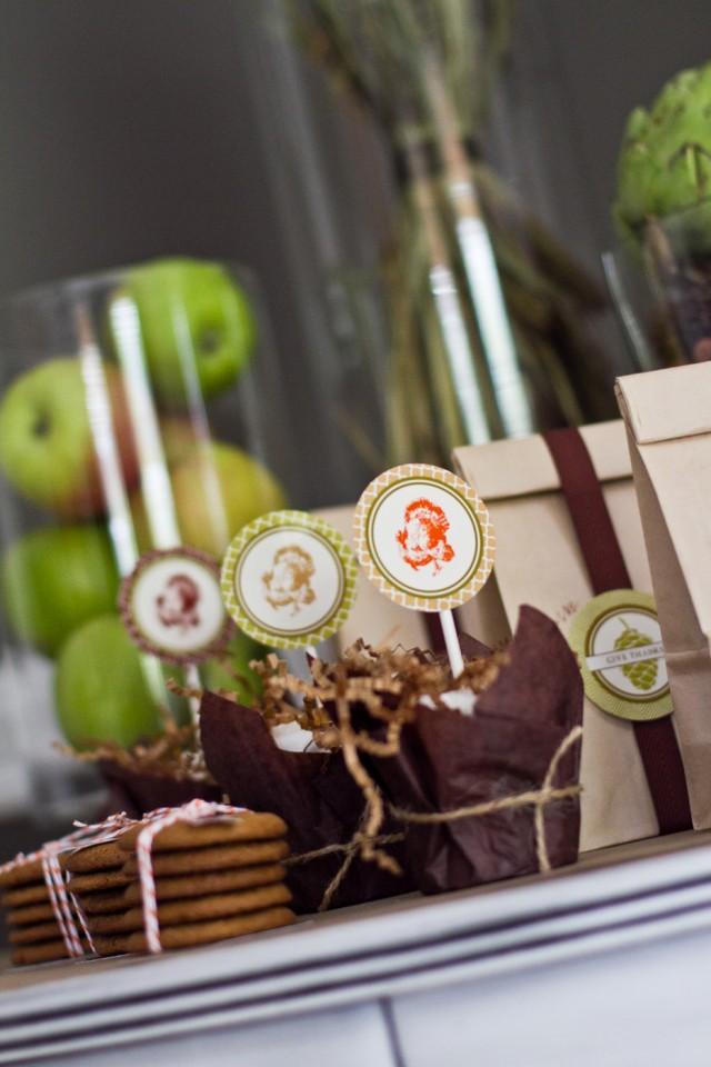fall dinner party favors
