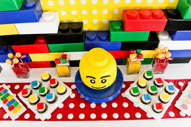Jeffrey\'s Modern Lego Party - Full Detail Feature - Anders Ruff ...