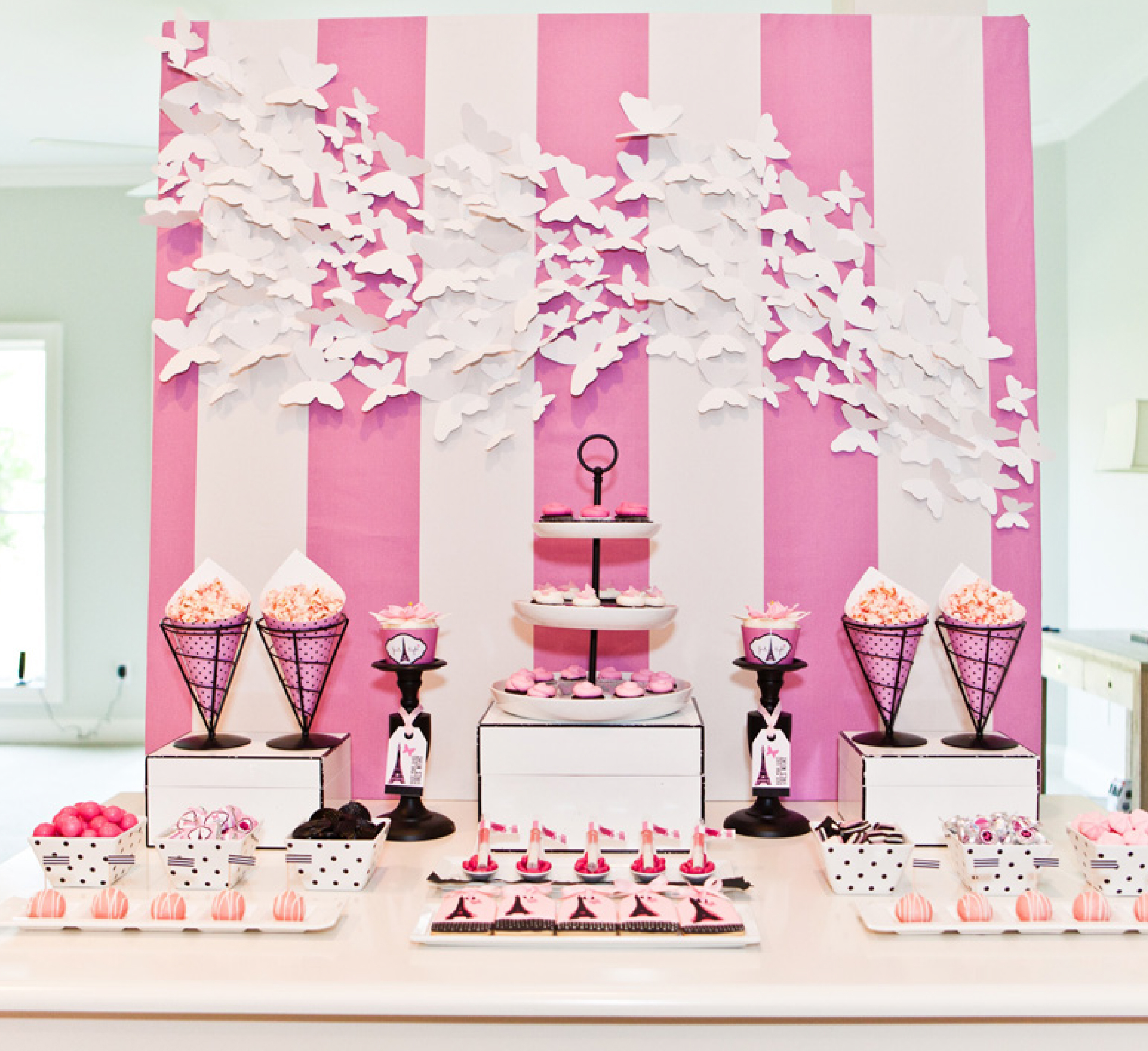 BRIDESMAIDS Girls Night In Photo Shoot – The Dessert Table - Anders ...