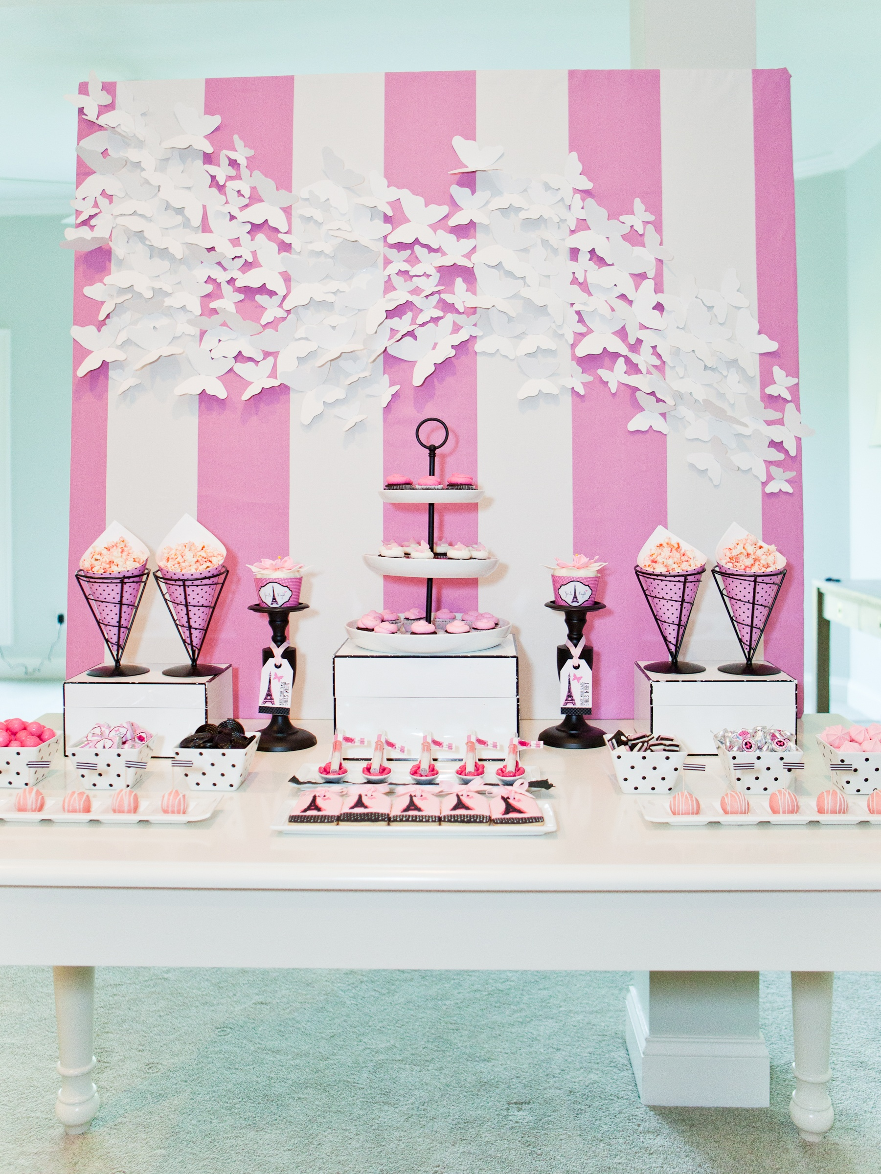 bridal shower party themes anders ruff custom designs llc. Black Bedroom Furniture Sets. Home Design Ideas