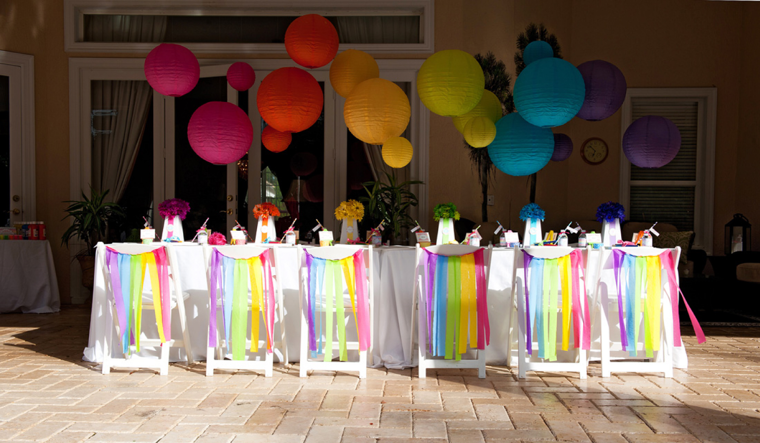 A bright and trendy chevron arts and crafts party anders for Art as decoration