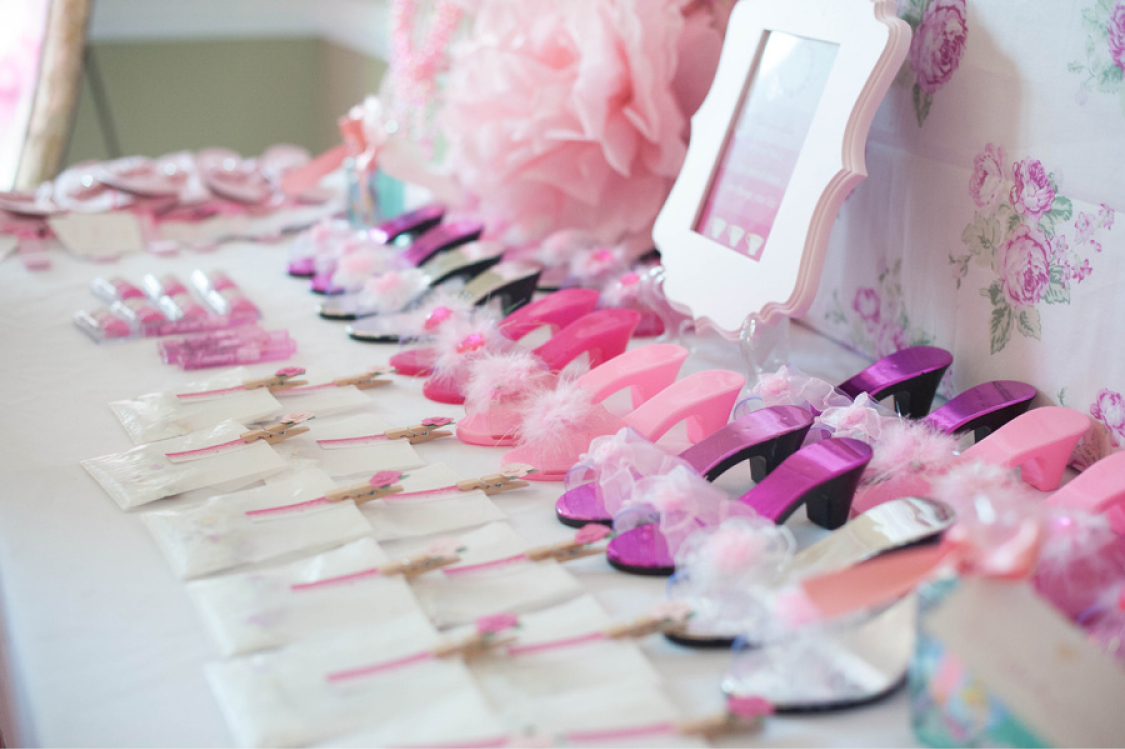 A Whimsical & Sweet Ombre Princess Party - Anders Ruff Custom ...