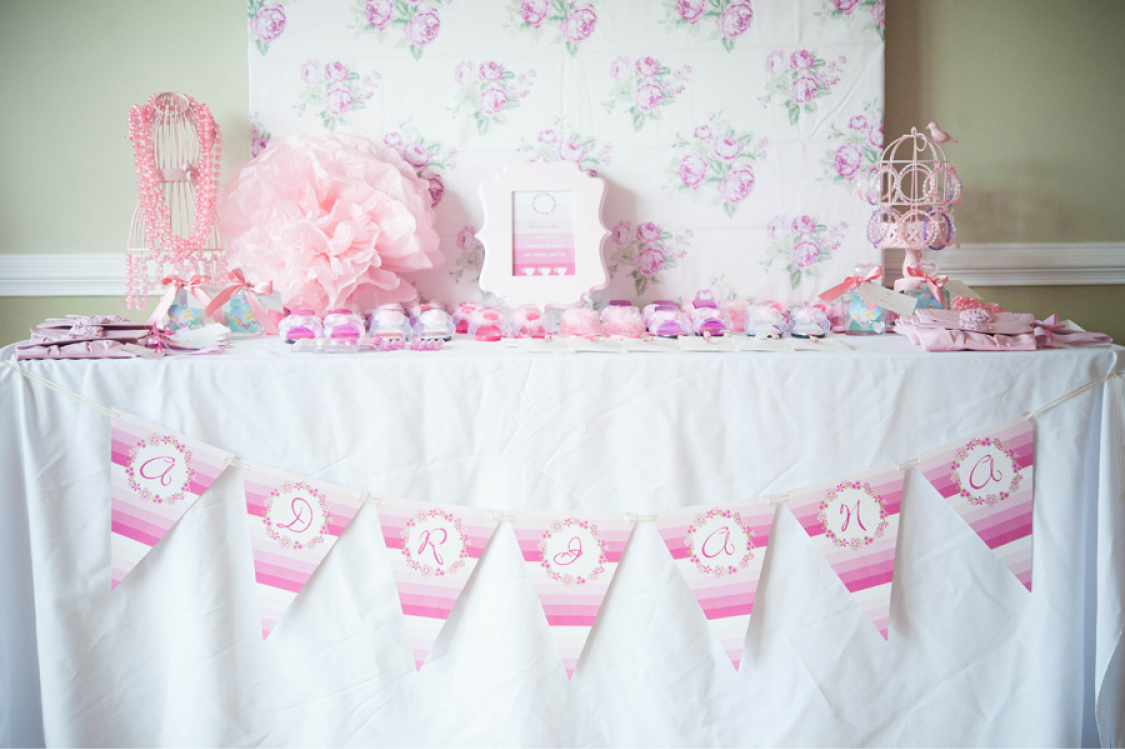 princess party favor table