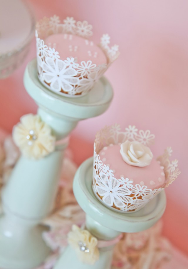a stunning doily tea party by kiss with style   anders