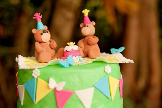teddy bear birthday party cake