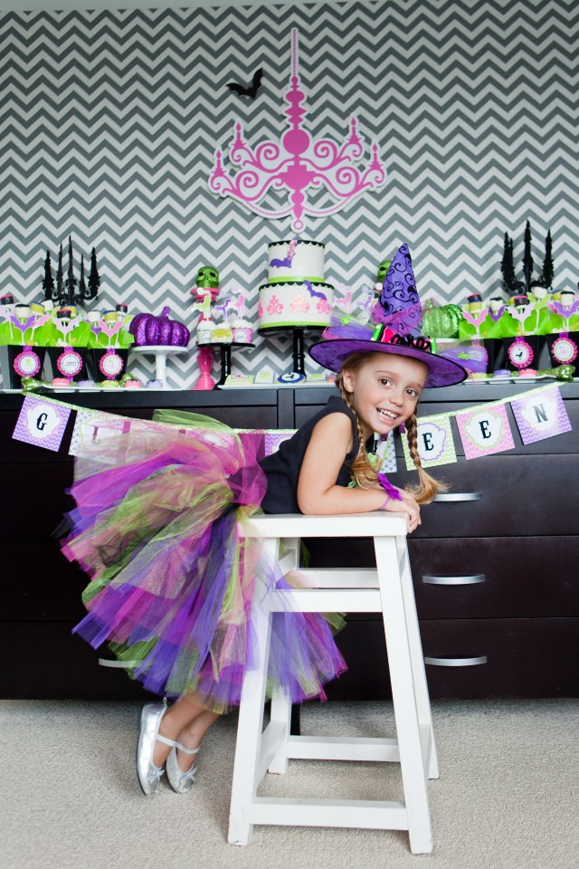 girlie halloween party decorations