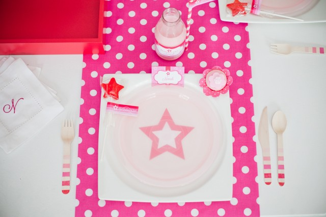 doll party place setting