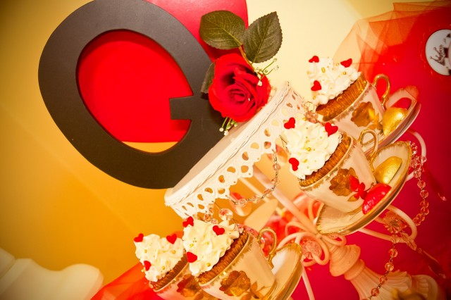 romantic queen of hearts party