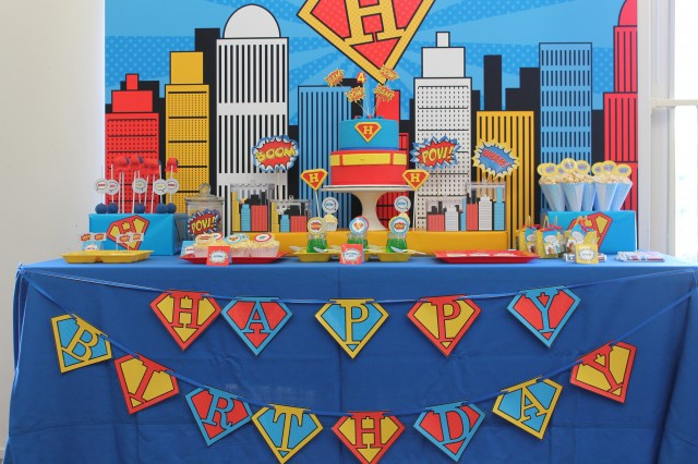 superman party desserts