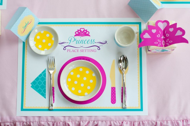Swan-Princess-place-setting