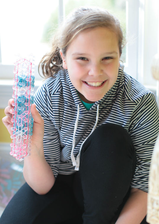 birthday-party-ideas-rainbow-loom-ew