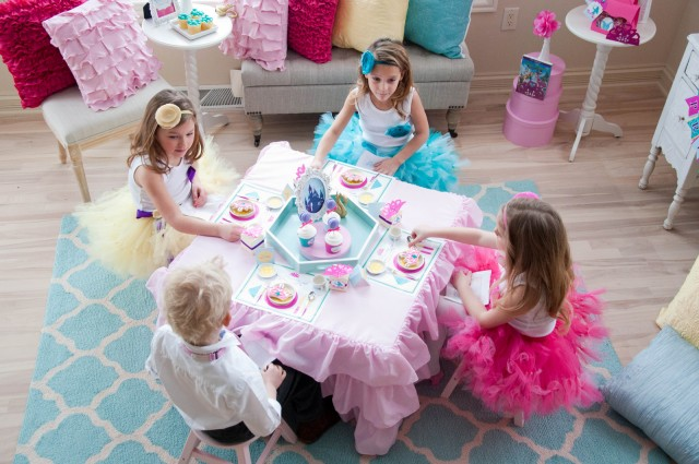 kids-tea-party