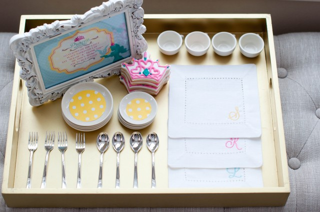 place-setting-tray