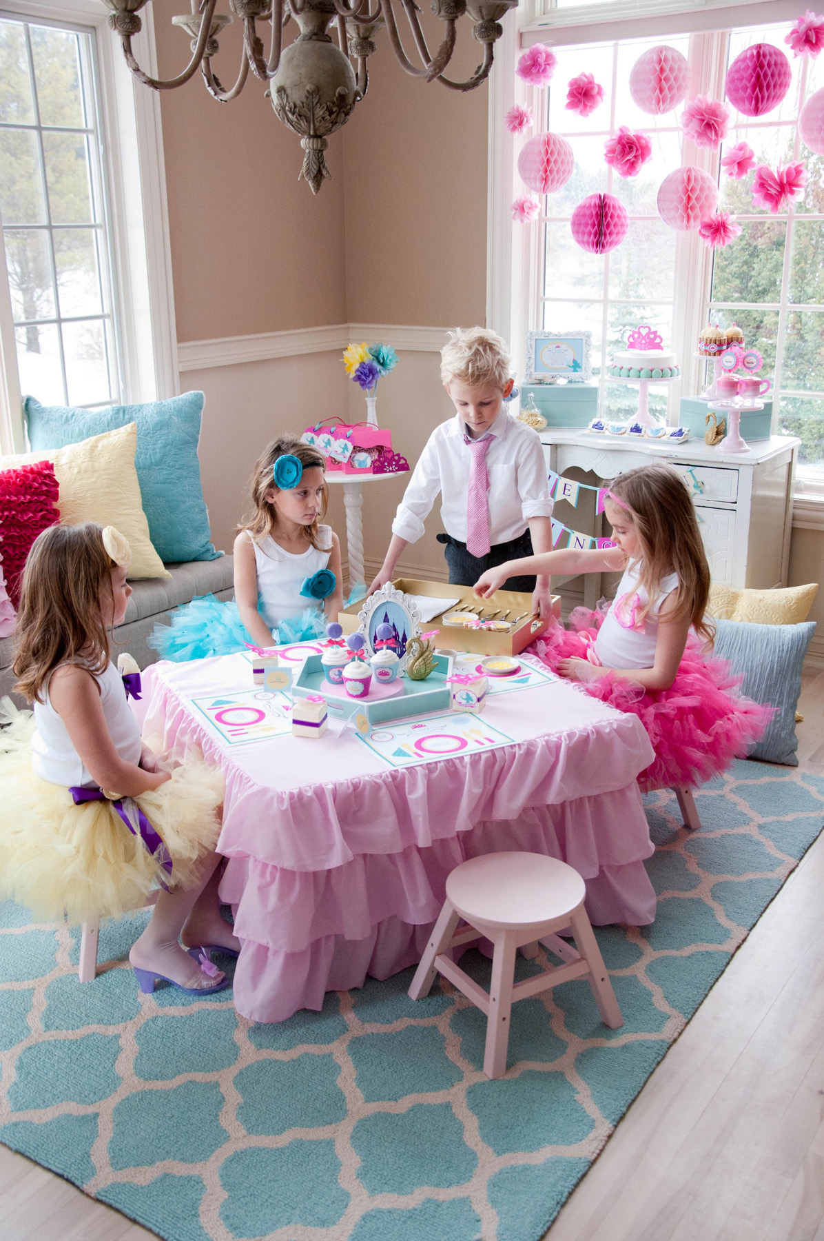 A Swan Princess Party Making Manners Fun Anders Ruff