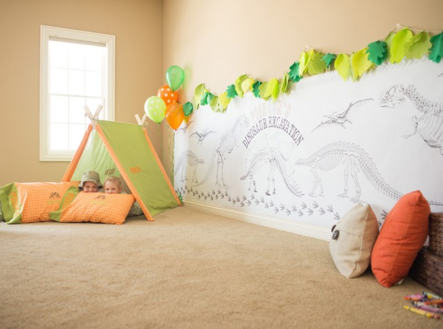 dinosaur tent and coloring wall