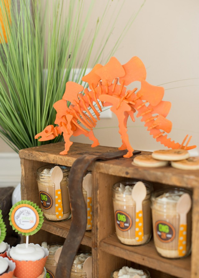 dinosaur decor