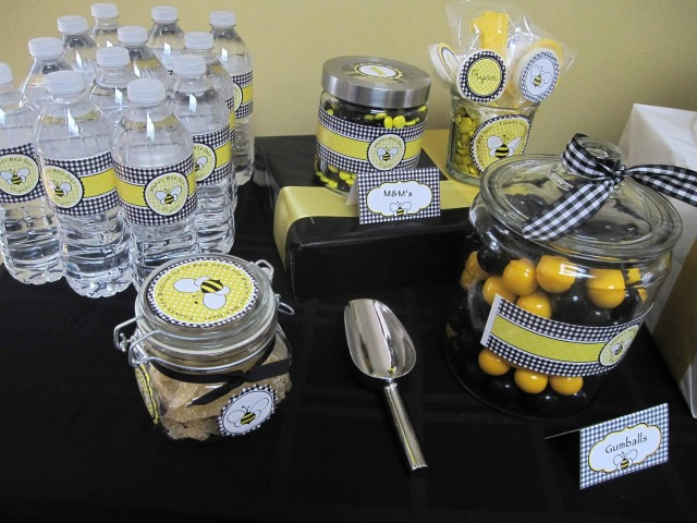 The Dessert Table Was Filled With Goodies That Were Only Black Or Yellow Oreos Filling MMs Rock Candy Lollipops Bee Cookies