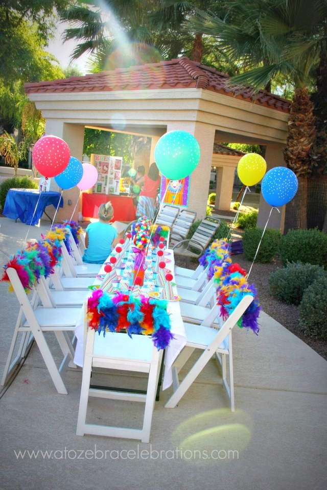 carnival party tables