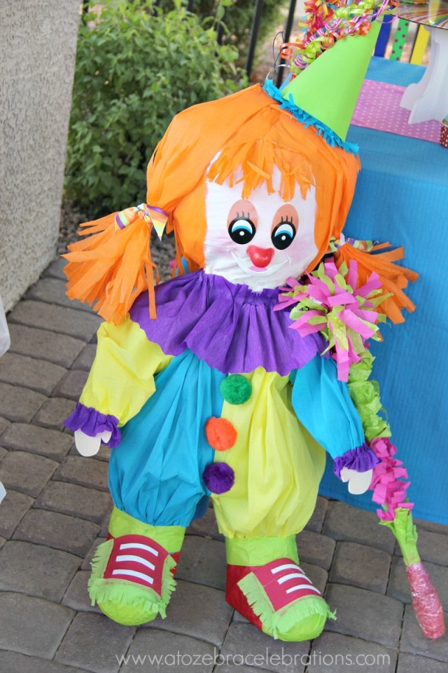 clown-decorations