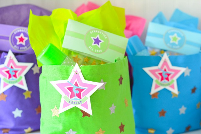 Canvas star favor bags for gymnastics parts