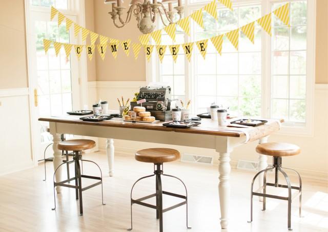 detective party table setup