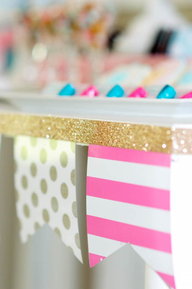Printable banner with gold glitter ribbon