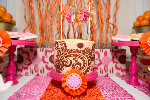 Indian-Themed-Party-Mendhi-Pattern-Cake