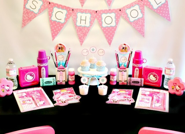 Nice hello kitty back to school party