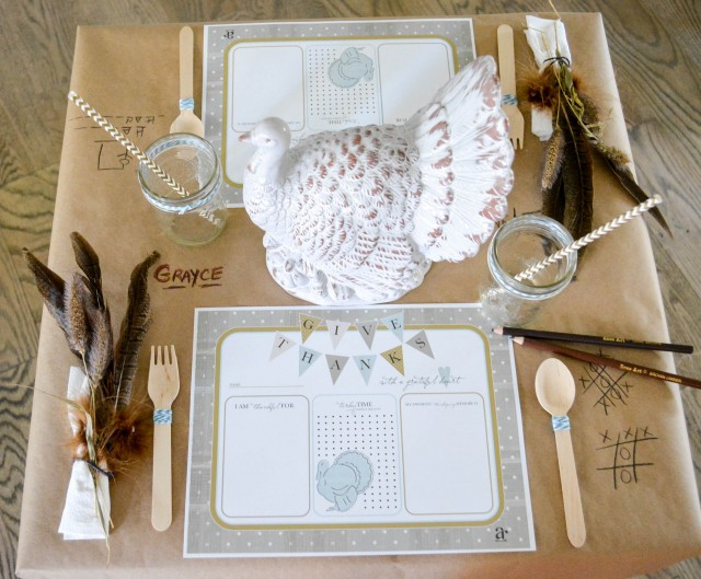 Free printable Thanksgiving placemat for kids