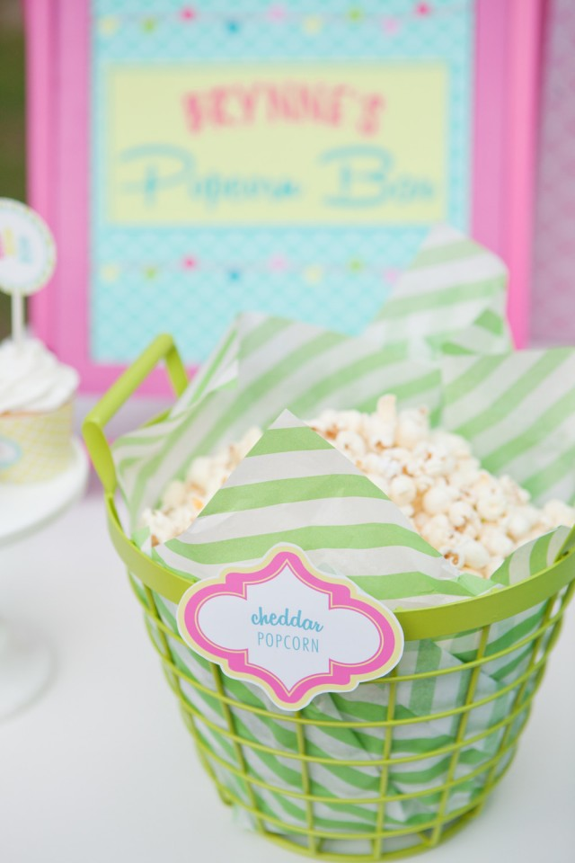 Popcorn-basket-green