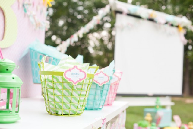 popcorn baskets for movie night