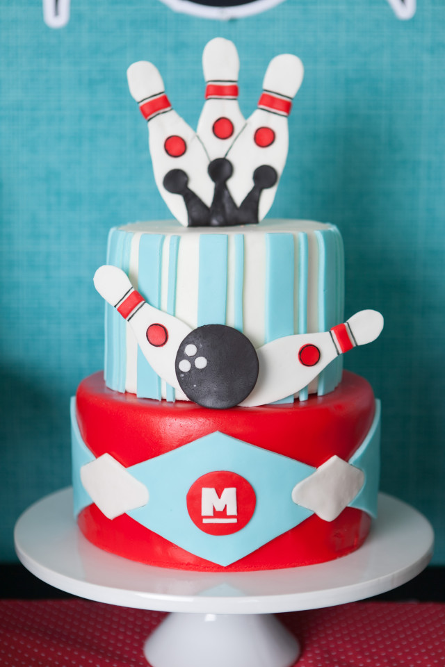 A Boy S Retro Bowling Birthday Party Anders Ruff Custom